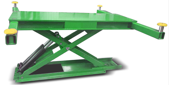 SPRAY BOOTH SCISSOR CAR LIFT